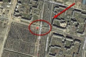 На Богатырском проспекте рабочий из Таджикистана сорвался с высоты