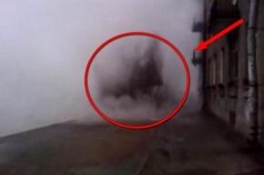 На улице Зайцева сегодня забил фонтан из кипятка