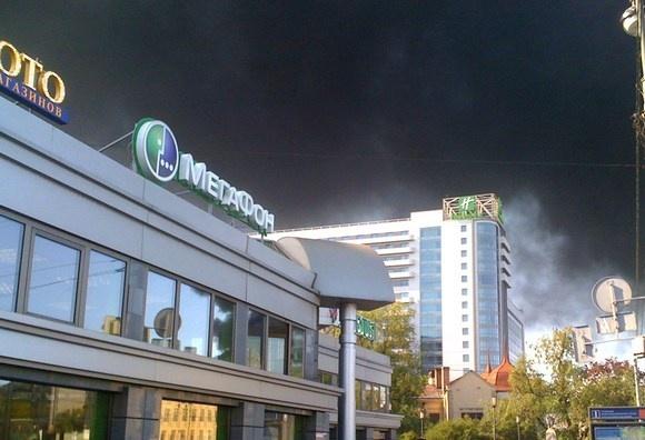 Дым над Петербургом: горят Бадаевские склады: Фото