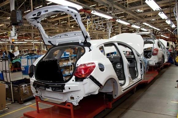 Opel Astra будут делать в Петербурге: Фото