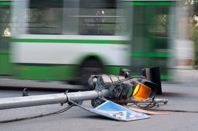 В Красном Селе повалило светофоры