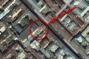 Фотограф-любитель упал с крыши в Апраксином переулке