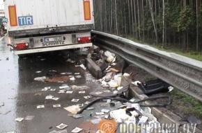 ДТП на КАД: грузовики столкнулись из-за легковушки