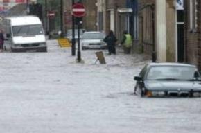 В Польше продолжают бороться с наводнением
