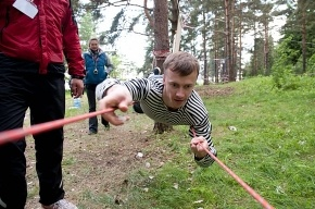 В Тарховском лесопарке «Монстры» лазали по веревкам