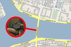 На Литейном мосту застрелился омоновец
