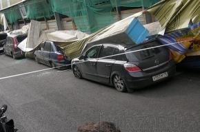 В Петербурге обрушилась стена дома