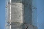 Башню Мира убирают с Сенной площади: Фоторепортаж