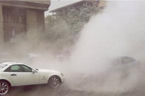 Утром Петербург фонтанировал – залило два квартала