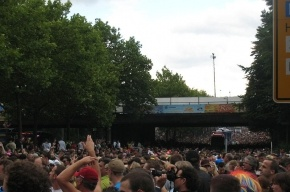 На Love Parade в Германии погибли 19 человек