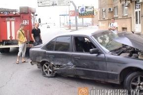 ДТП на Заневском: машина врезалась в дом