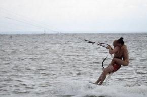 Петербуржец Иван Манойлин пересек Финский залив под кайтом