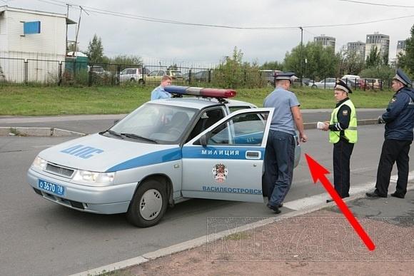 Экипаж ДПС сбил ребенка в Петербурге: Фото