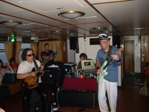 Пассажирский паром Рипербан, где играли Битлз и Роллинг Стоунз, теперь в Петербурге: Фото