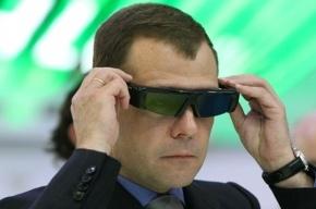 Шварценеггер приедет к Медведеву с инновациями