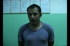 Узбеки с кирпичом ограбили петербуржца