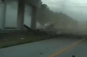 ДТП в США: Водитель влетел в опору моста на скорости в 160 км/ч