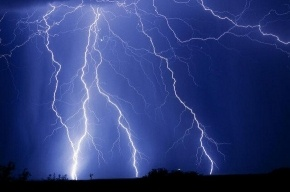 В Петербурге объявлено штормовое предупреждение