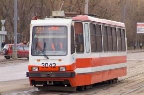 ДТП на Энгельса: трамвай столкнулся с машиной