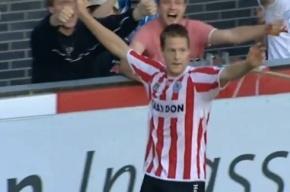 Голландец забил 8 мячей в дебютном матче, его команда выиграла 12:1