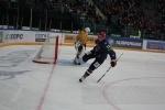 Фоторепортаж: «Александр Юдин тоже не доволен частыми удалениями хоккеистов СКА»