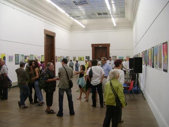 Выставка петербургских карикатуристов проходит во Франции: Фото