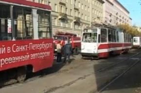 На Новочеркасском проспекте столкнулись два трамвая