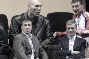 Николай Валуев присмотрелся к будущему российского бокса