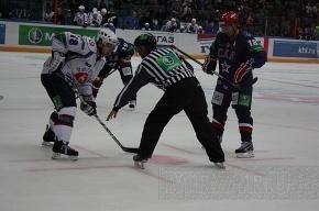 В воротах - Штепанек, в защите – Петров, в нападении - Чаянек