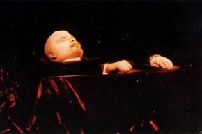 Путин не решился «захоронить Ленина»