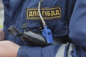 Под Петербургом столкнулись две фуры и легковушка