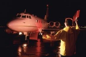 Самолет пришлось посадить из-за птиц, залетевших в двигатель