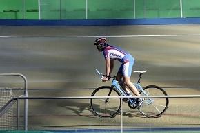 Российские велосипедисты собирают медали в Петербурге