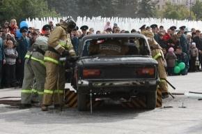 В Петербурге пожарные устроили праздник