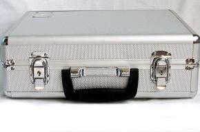 Кто забыл чемодан?