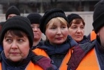 Фоторепортаж: «Дворников Адмиралтейского района осмотрели»