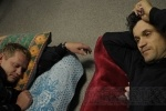 Фоторепортаж: «Голодовка дольщиков: из десяти человек четырех увезли на «скорой»»