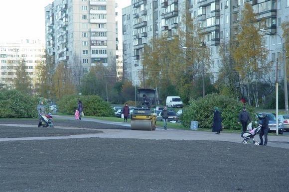 Спасенный сквер на улице Ивана Фомина завтра будет в лучшем виде: Фото