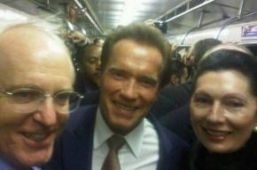 Шварценеггер проехался в московском метро