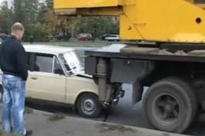 «Тойота» загнала под кран «Жигули»