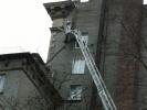 ЧП на Автовской: труба с крыши рухнула в окно: Фоторепортаж