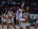 Фоторепортаж: «Зачем мужчины приходят на баскетбол?»