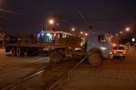Грузовик не пропустил трамвай № 49: Фоторепортаж