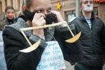 В Петербурге прошел пикет в поддержку Григория Чекалина: Фоторепортаж