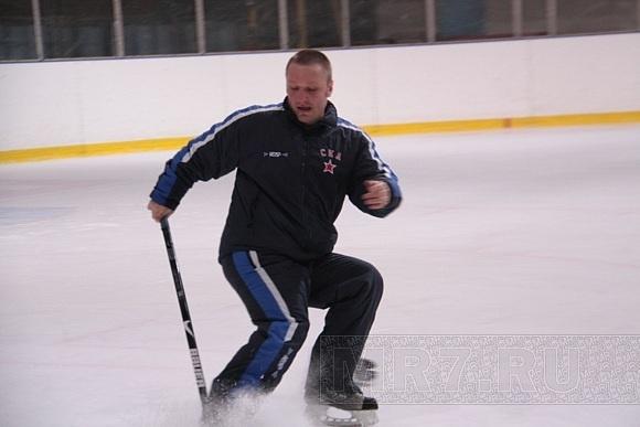 У хоккеистов СКА закончились выходные: Фото