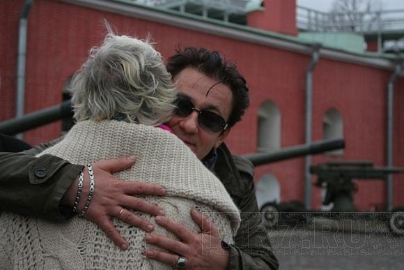 Олег Меньшиков выстрелил из пушки в честь своего юбилея: Фото