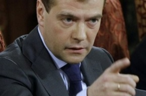 Медведев уволил начальника разведки штаба ЛенВО