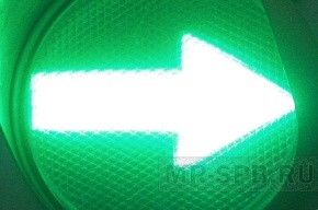 В Петербурге заработали три новых светофора