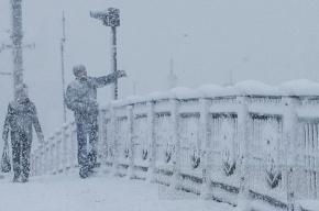 Читатели называют места, где не убирают снег