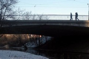 Четыре моста в Петербурге остались без ремонта